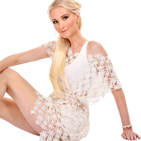 lace_dress_organic_natural_hypoallergenic_vegan_sexy_woman