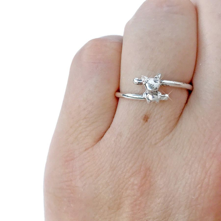 silver_good_luck_charm_zirconia_dog_ring