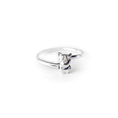 silver_good_luck_charm_zirconia_dog_ring